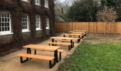 Metal Framed Walk in Style Picnic Tables
